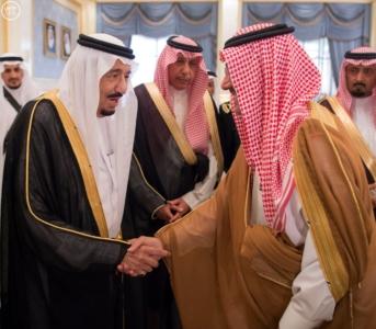 الملك يغادر الرياض متوجها الى جدة4