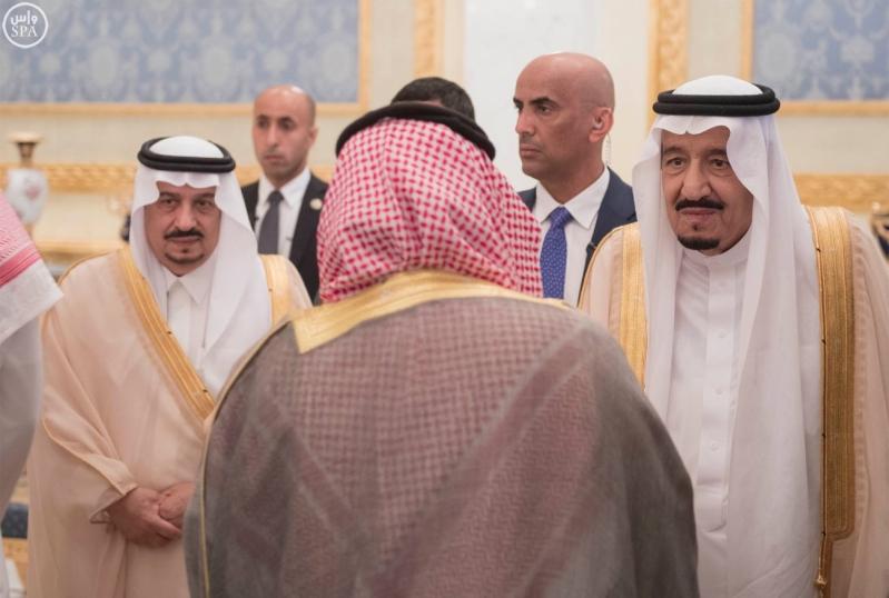 الملك يغادر الرياض