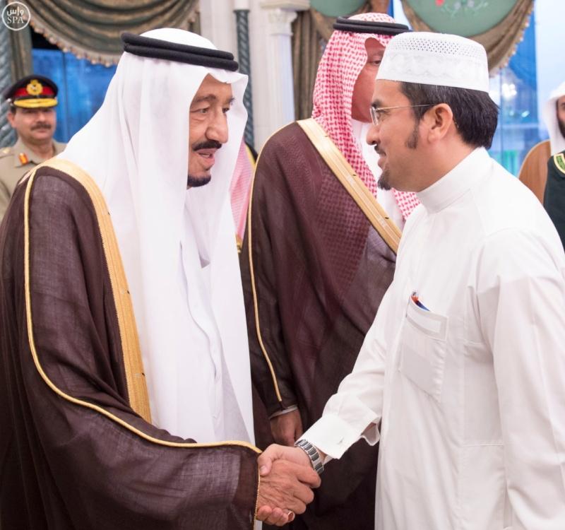 الملك يَسْتقْبل رئيس هيئة الأركان الباكستانية ووزيري الشؤون الإسلامية والحج6