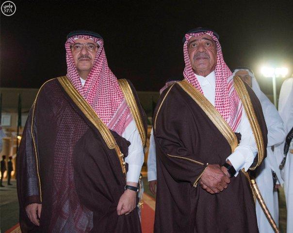 #الملك_سلمان يصل #الرياض (8)