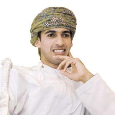 المهاجم الدولي العماني عماد الحوسني