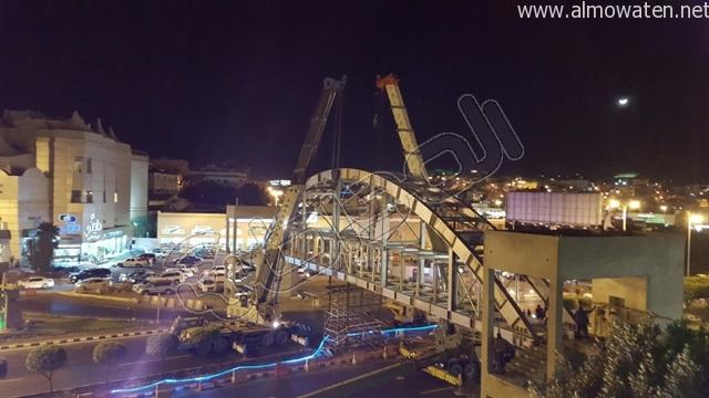 المواطن ترصد طريق أبها- الخميس بعد إغلاقه بسبب صيانة جسر المشاة (5)