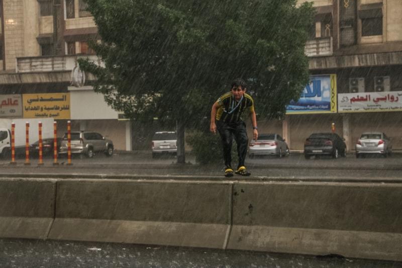 المواطن توثق أمطار جدة (206026983)  