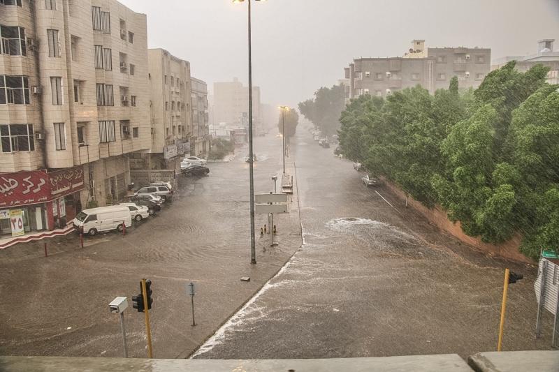المواطن توثق أمطار جدة (206026984)  