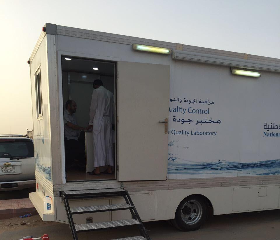 المياه الوطنية تعقم خزانات المياه (1)