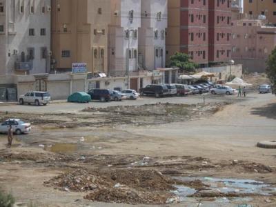 المياه تهدد البنية التحتية بحي الواحة [ جدة ] (1)