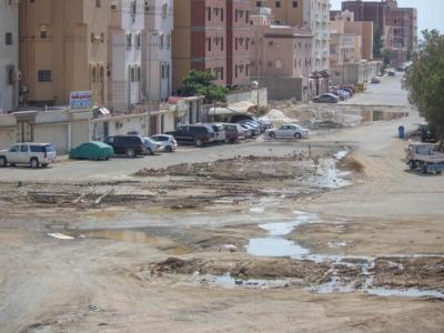 المياه تهدد البنية التحتية بحي الواحة [ جدة ] (29929354) 