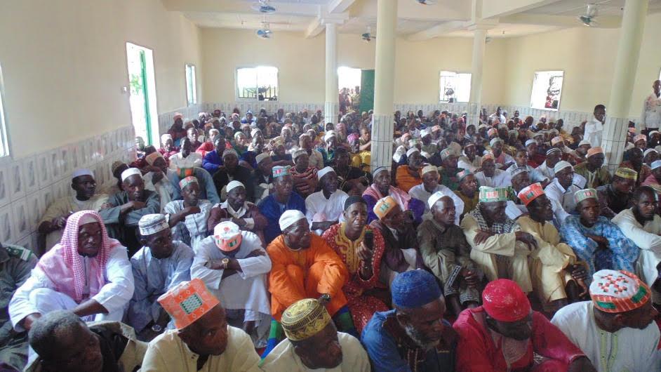 الندوة العالمية تفتتح مسجد الذاكرين بغينيا (2)