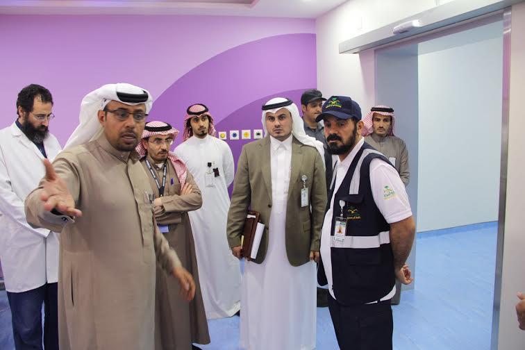 الهبدان يتفقد مستشفى أبها للولادة والأطفال1