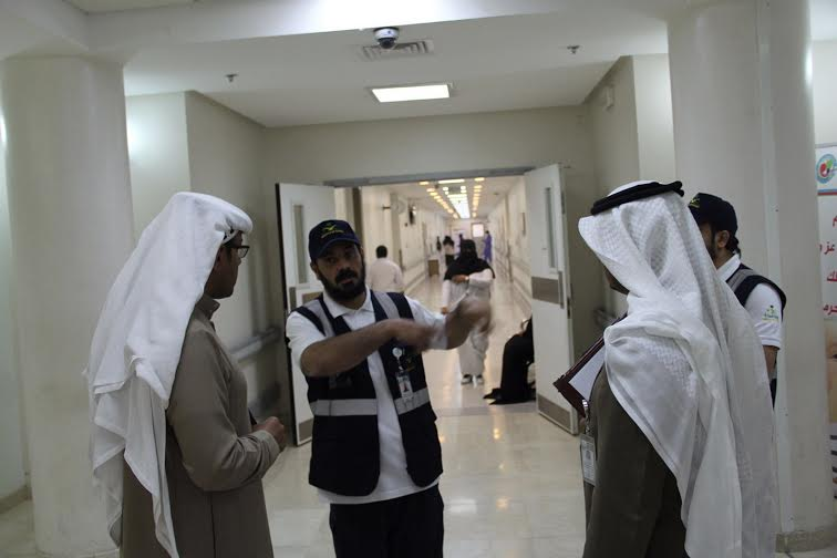 الهبدان يتفقد مستشفى أبها للولادة والأطفال4