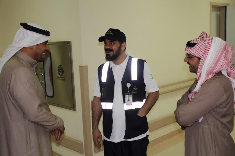 الهبدان يتفقد مستشفى أبها للولادة والأطفال7