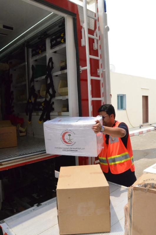 الهلال الأحمر يؤمن ١٢ مليون قطعة مستهلكات طبية لسيارات الإسعاف بنظام الصناديق الجديد 