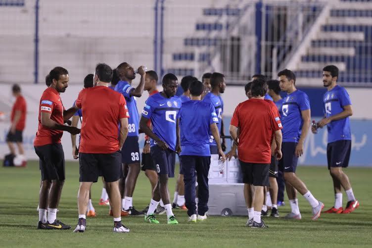 الهلال يواصل تدريباته بمشاركة هوساوي وحضور رئيس النادي (269614293) 