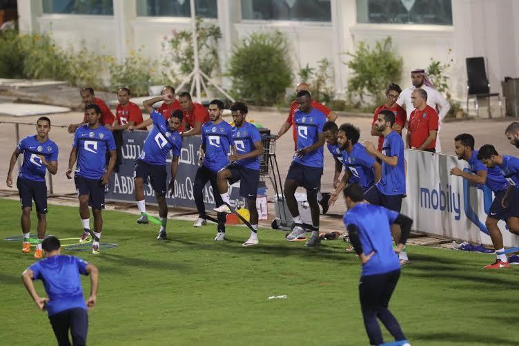 الهلال يواصل تدريباته بمشاركة هوساوي وحضور رئيس النادي (269614295) 
