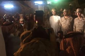 العواد يرتدي خوذة المعركة للمرابطين: نحن معكم قلبًا وقالبًا - المواطن
