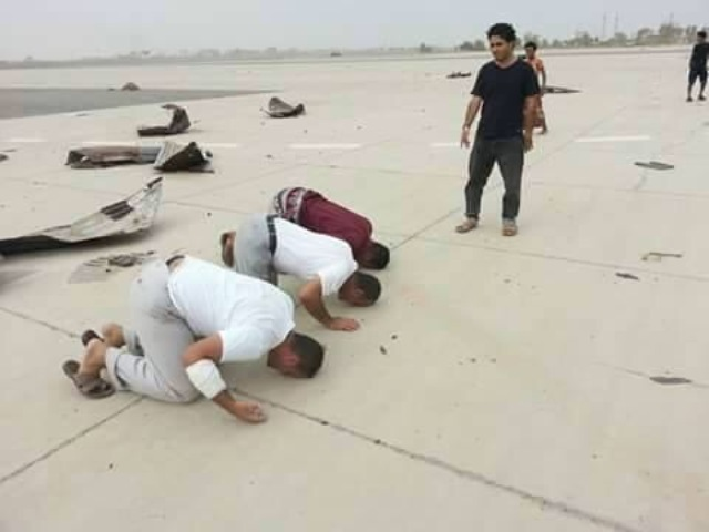 اليمنيون-يفرحون-بعد-تحرير-عدن (3)
