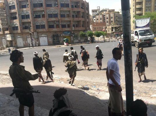 المقاومة الشعبية في ذمار تنصب كمينَيْن لرتل عسكري حوثي وتوقع إصابات