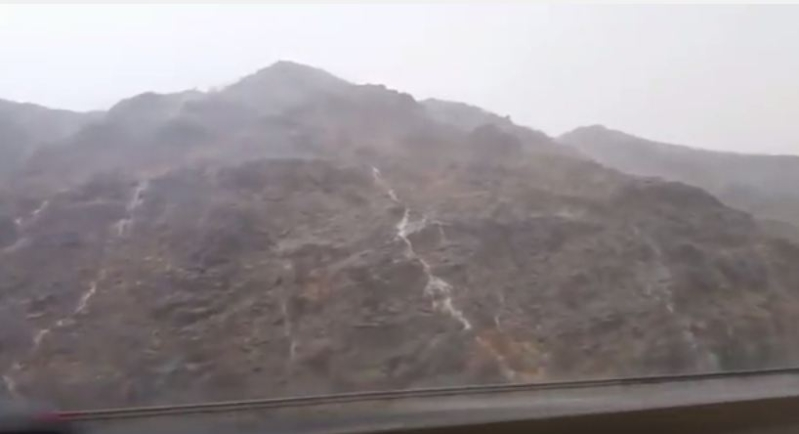 امطار اليمانية جبل السيل