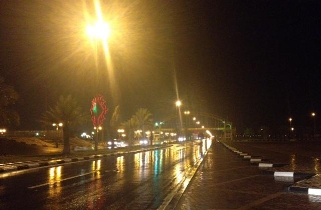 شاهد.. الأمطار تروي ثرى #رفحاء وضواحيها - المواطن