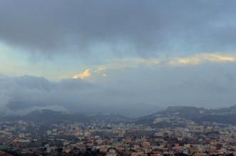 الحصيني يكشف رحلة السحب الرعدية حتى خروجها من المملكة - المواطن