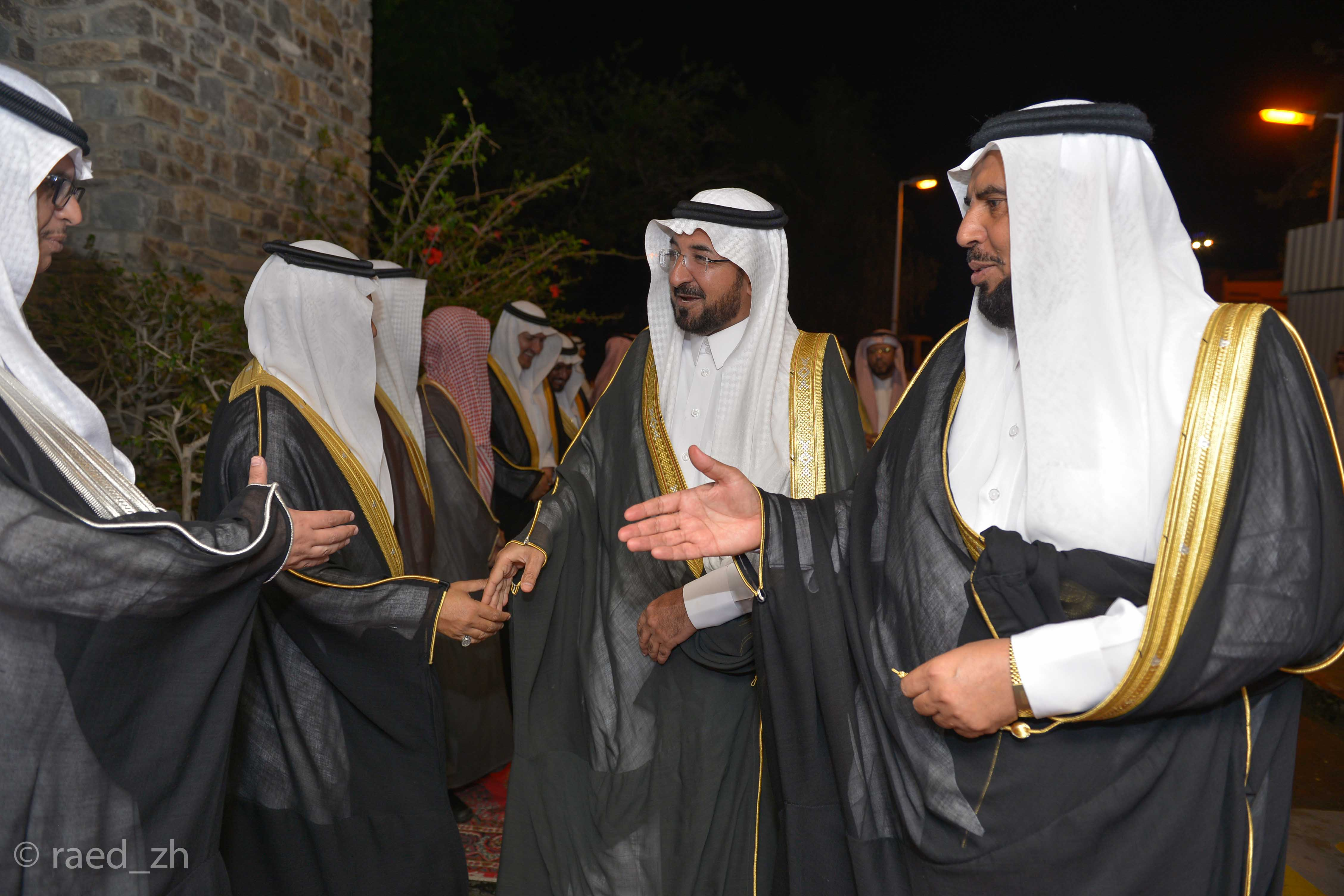 امير الباحة يرعى تخريج الدفعة العاشرة من طلاب وطالبات جامعة الباحة (1)