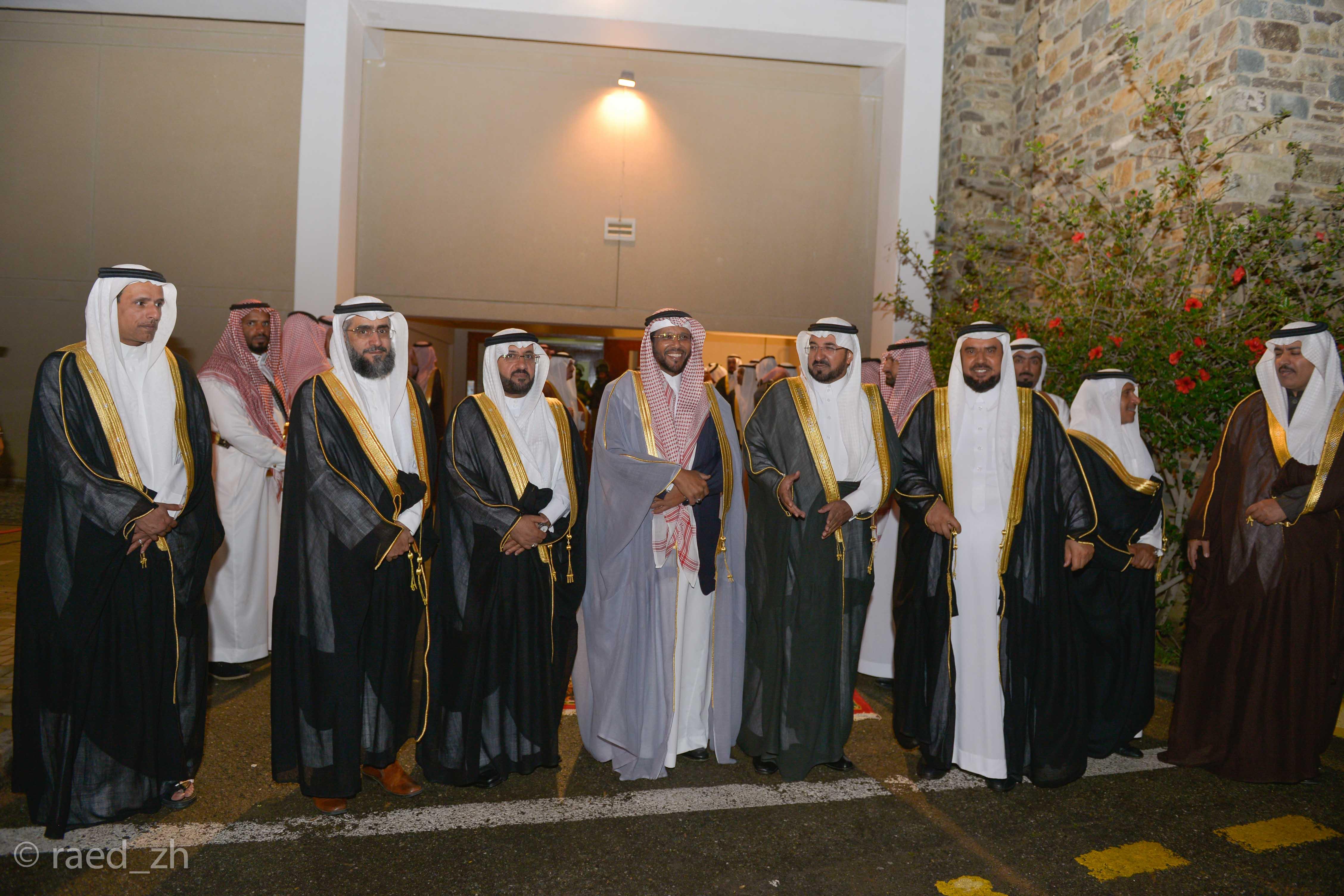 امير الباحة يرعى تخريج الدفعة العاشرة من طلاب وطالبات جامعة الباحة (3)