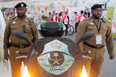 امير الرياض- اسبوع المرور١