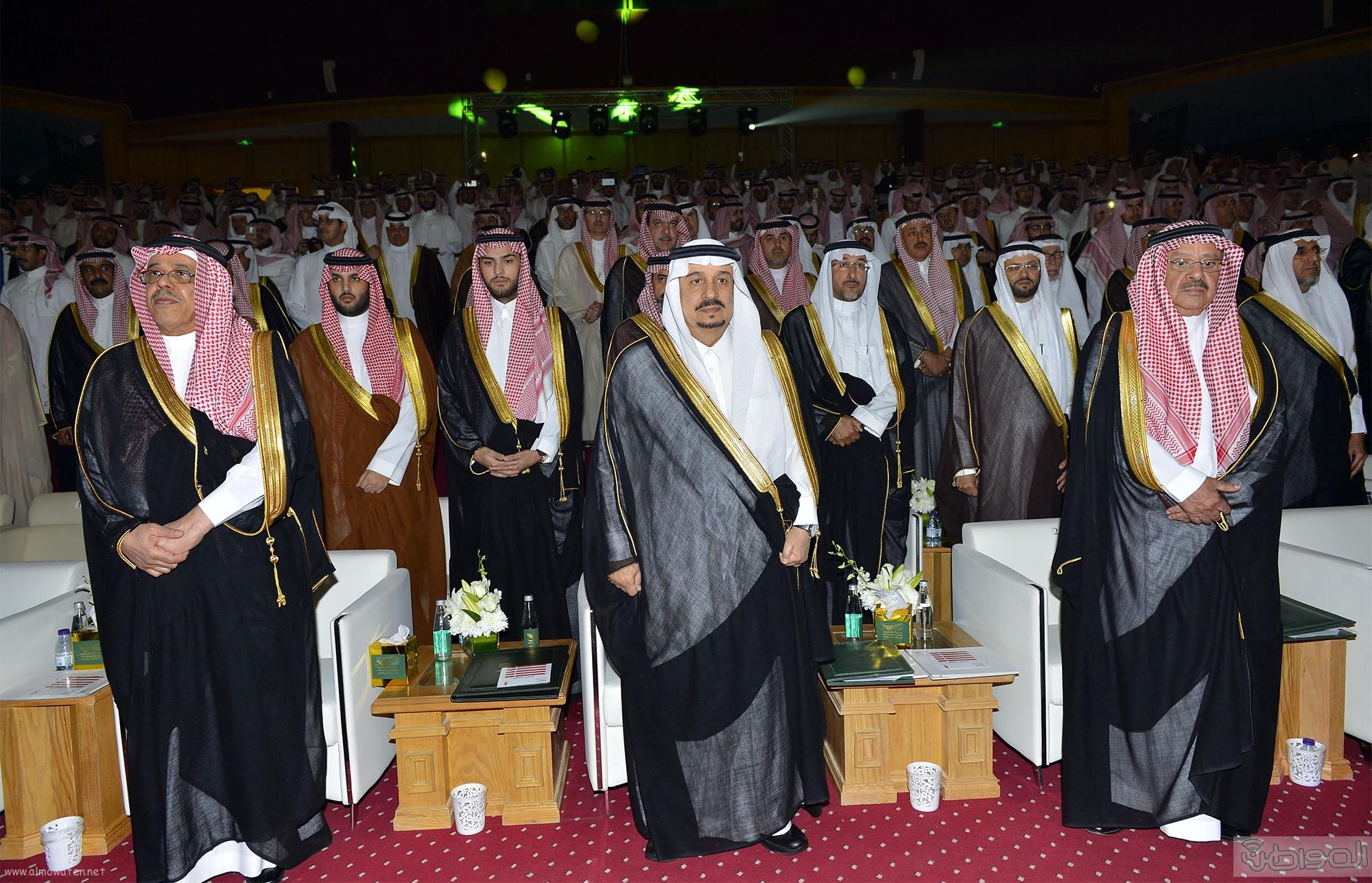 امير الرياض يرعى تخريج طلاب جامعة دار العلوم (1)