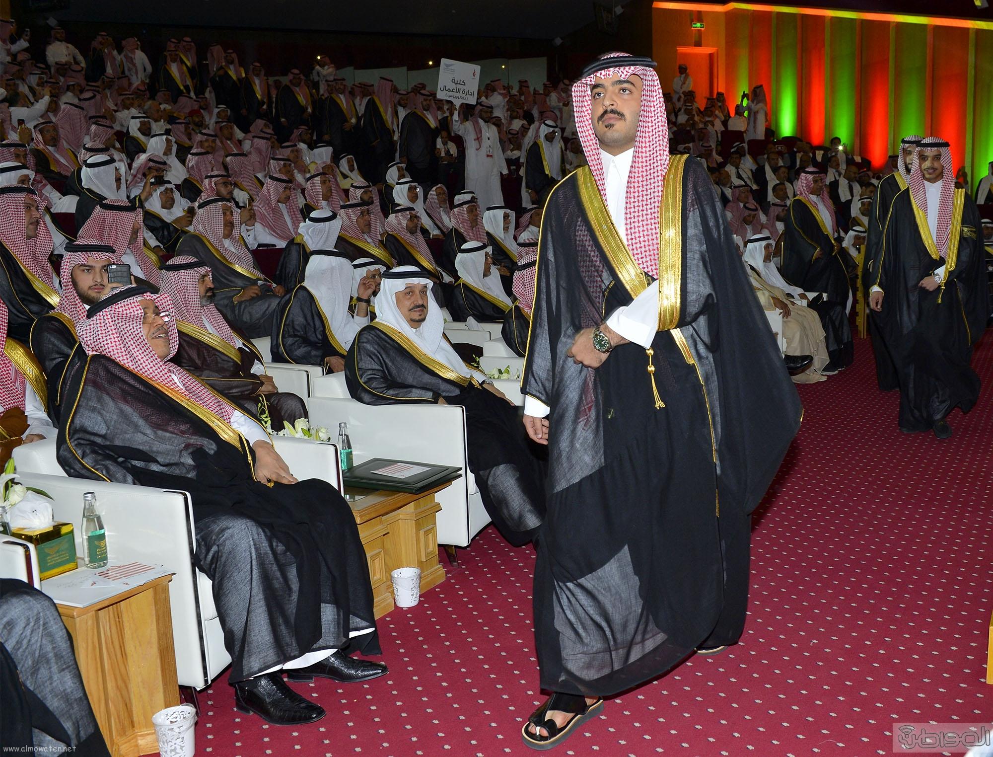 امير الرياض يرعى تخريج طلاب جامعة دار العلوم (10)