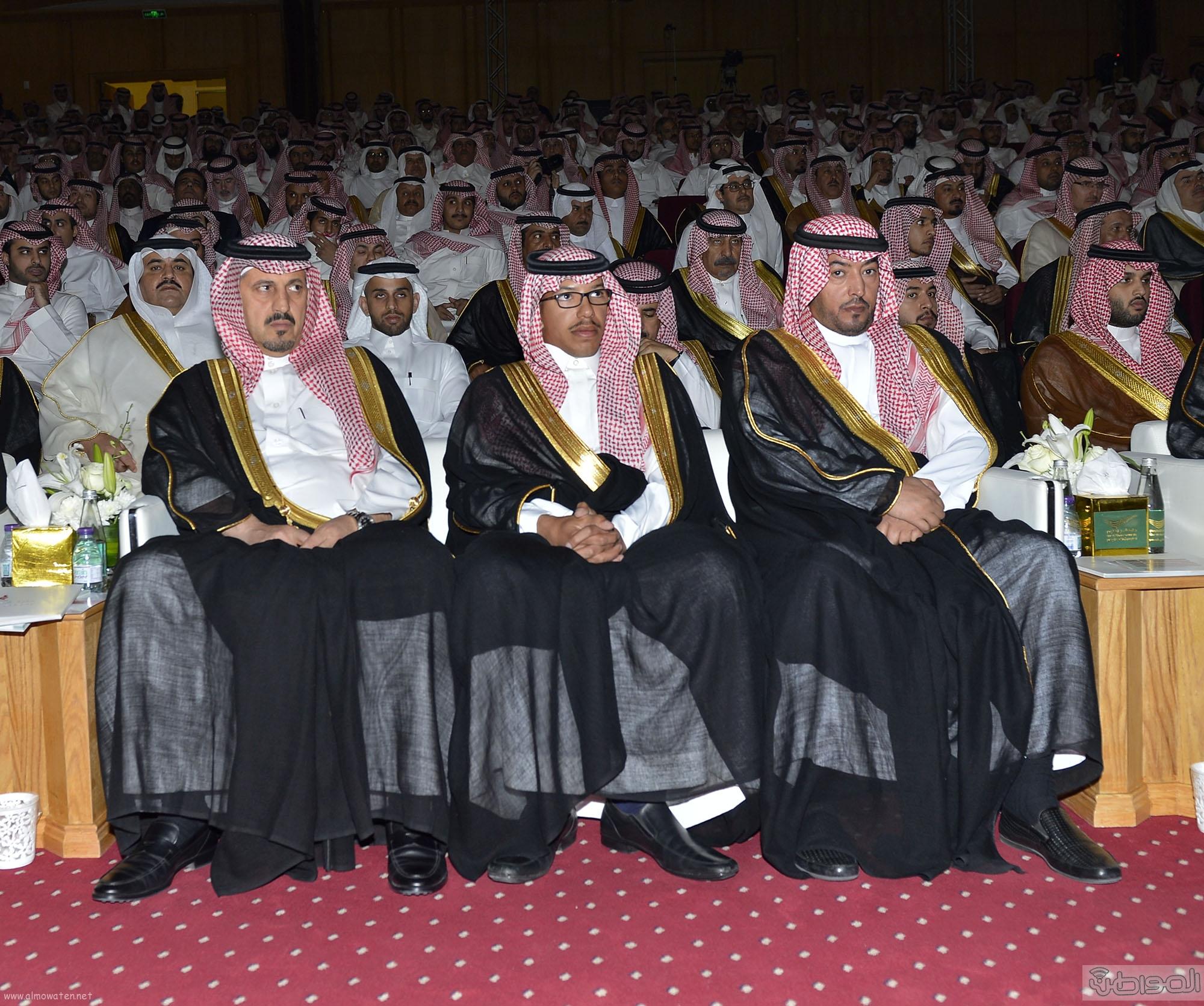 امير الرياض يرعى تخريج طلاب جامعة دار العلوم (2)