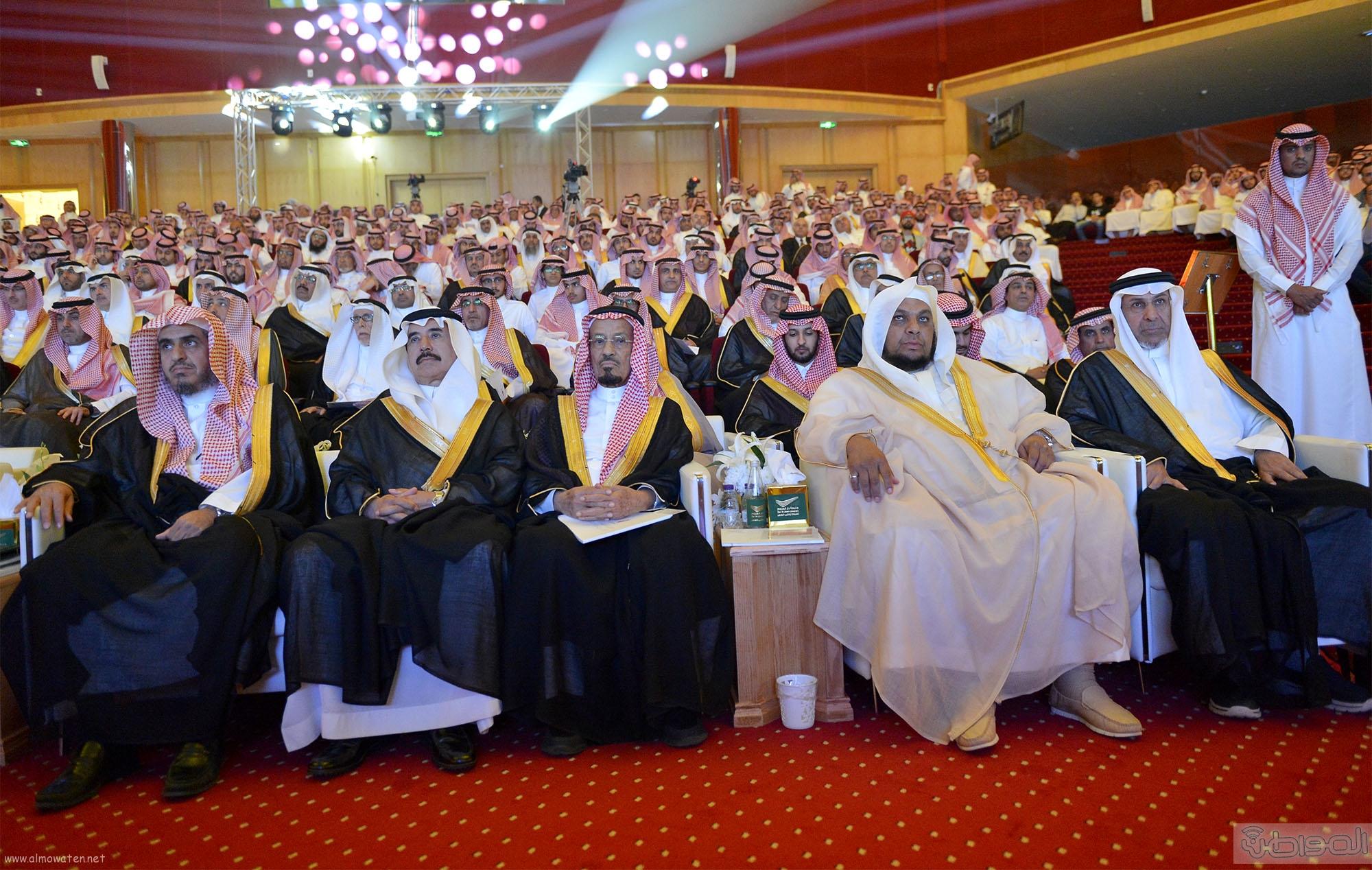 امير الرياض يرعى تخريج طلاب جامعة دار العلوم (6)