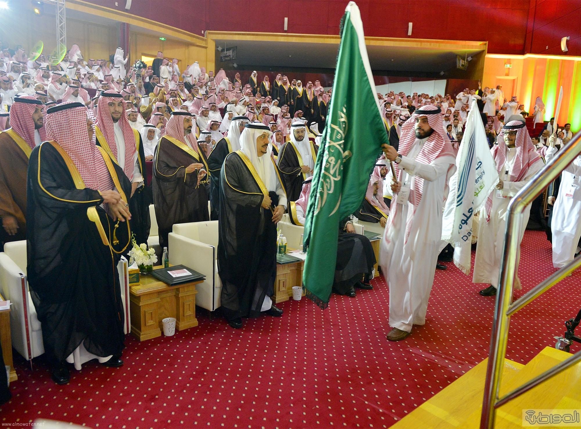 امير الرياض يرعى تخريج طلاب جامعة دار العلوم (9)