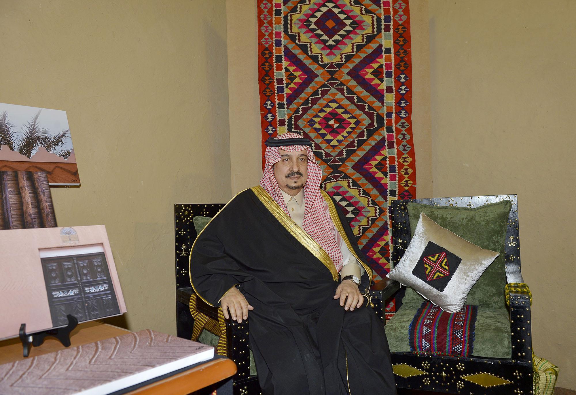 امير الرياض يرعي تراثنا حبنا بقصر المربع (17)