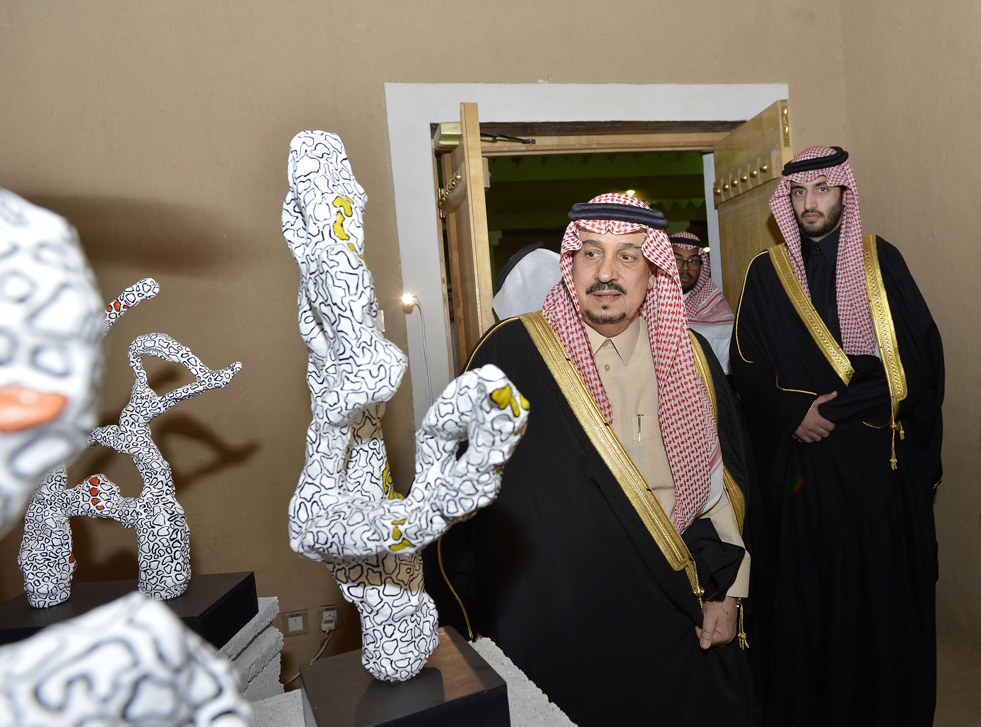 امير الرياض يرعي تراثنا حبنا بقصر المربع (3)