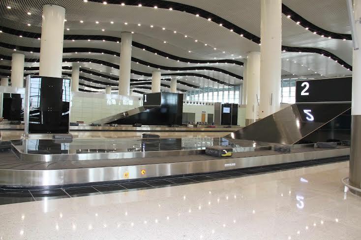 امير الرياض يزور المطار 2