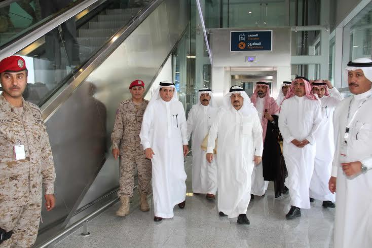 امير الرياض يزور المطار 3