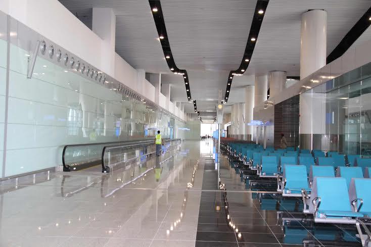 امير الرياض يزور المطار 4