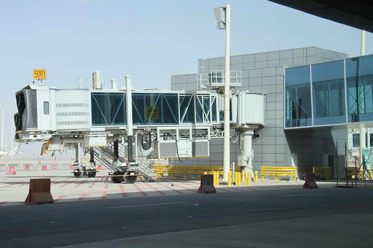 امير الرياض يزور المطار 5
