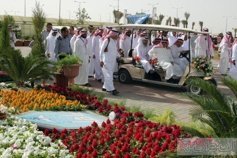 امير الرياض يزور مهرجان ربيع الرياض7