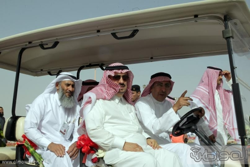 امير الرياض يزور مهرجان ربيع الرياض9