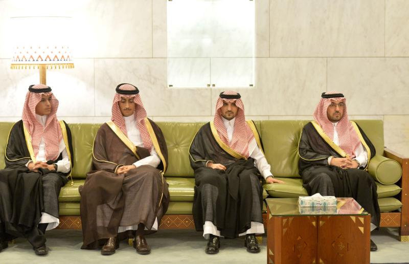 امير الرياض يستقبل المهنئين (365278166) 