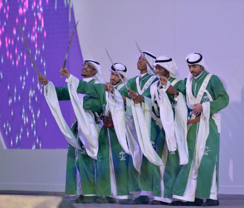 امير الرياض يشارك احتفالات الرياض (1)