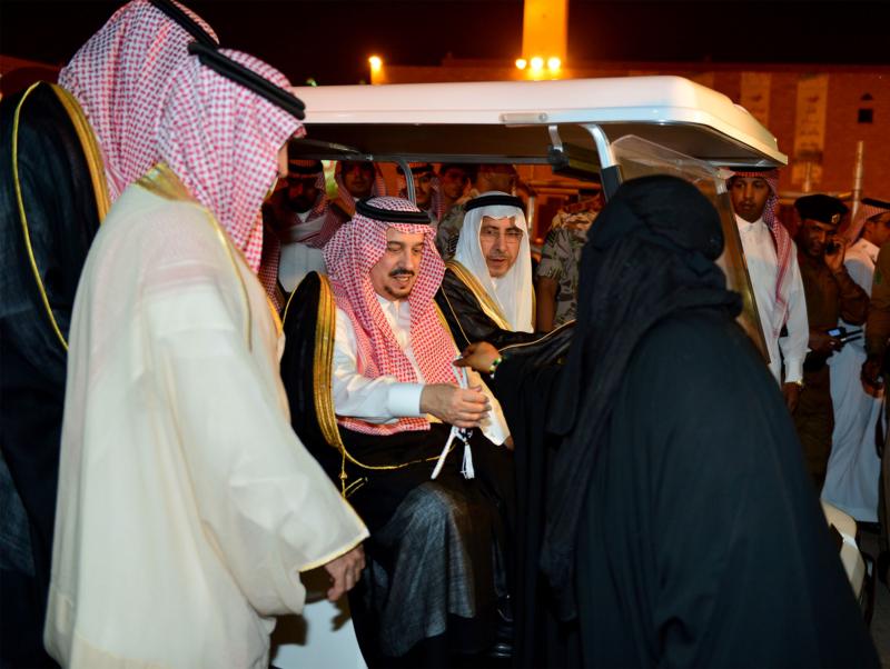 امير الرياض يشارك احتفالات الرياض (338816187) 