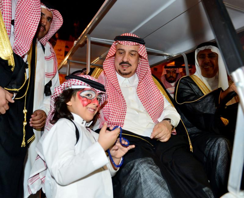 امير الرياض يشارك احتفالات الرياض (338816191) 