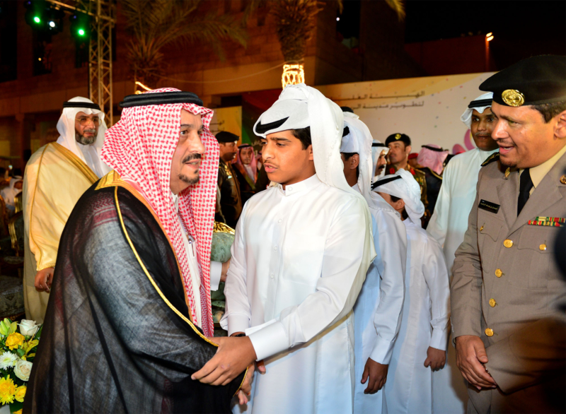 امير الرياض يشارك احتفالات الرياض (338816193) 
