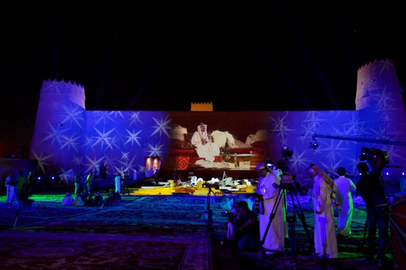 امير الرياض يشارك احتفالات الرياض (338816198) 