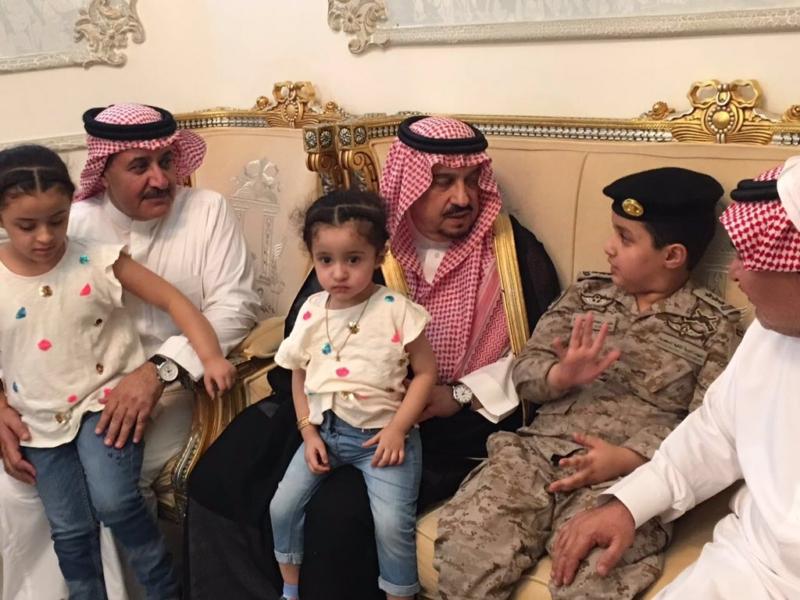 امير الرياض يعزي 1