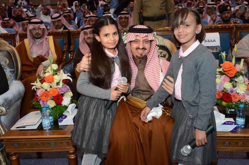 امير عسير يرعى حفل اليوم العربي لليتيم (14)