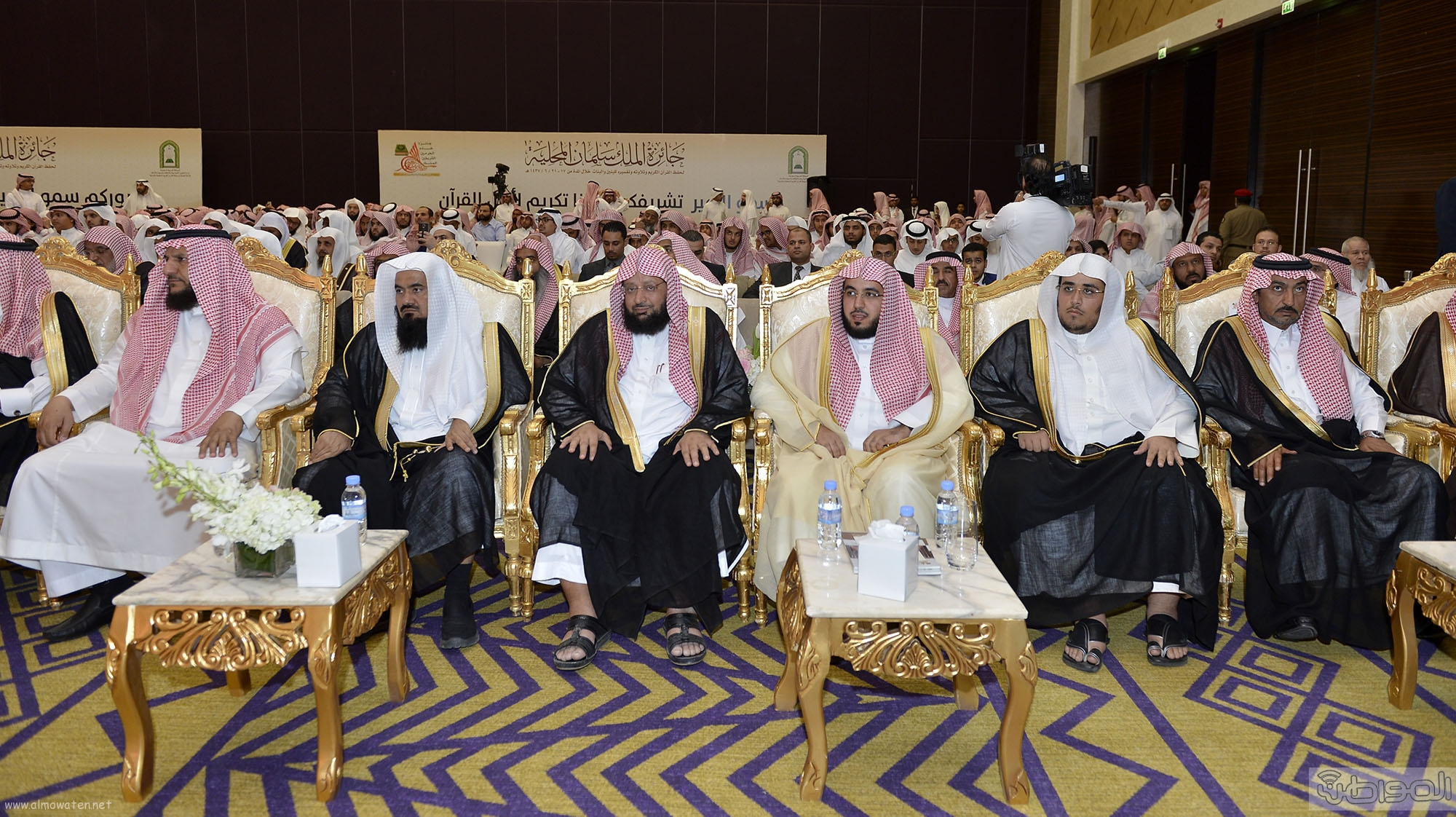 امير منطقة الرياض يرعى حفل اختتام مسابقة جائزة الملك سلمان لحفظ القران الكريم (10)