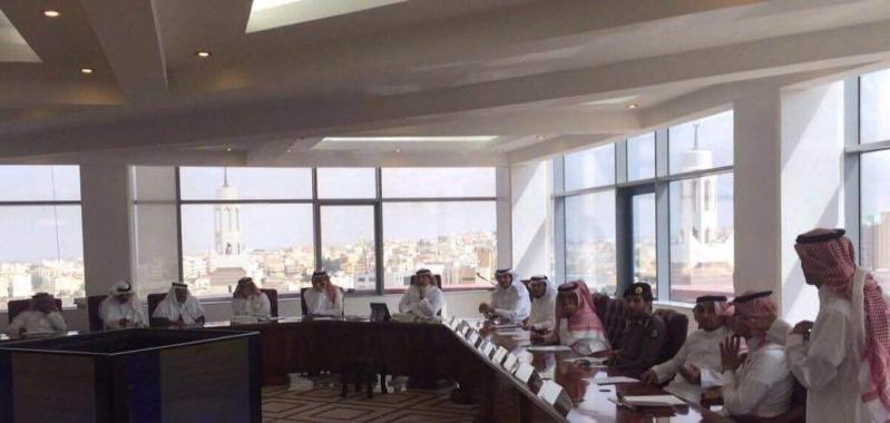 امين عسير يرأس اجتماع اللجنة بمناسبة ابها عاصمة للسياحة العربية